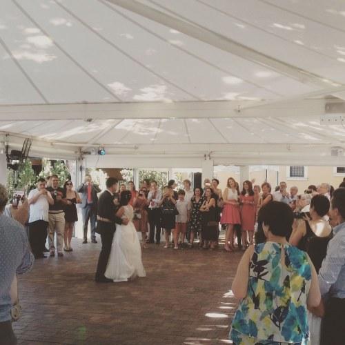 baile-novios-carpa